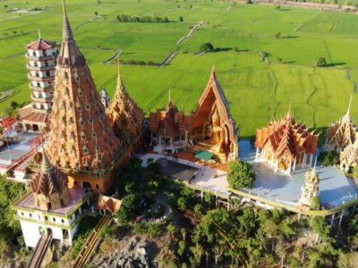Wat Tham Sua ist einer der berühmtesten Tempel in Kanchanaburi