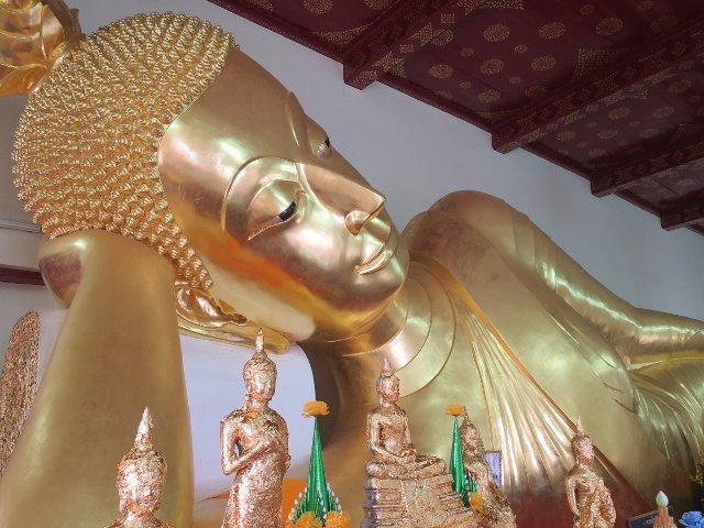 Phra Pathom Chedi Temple