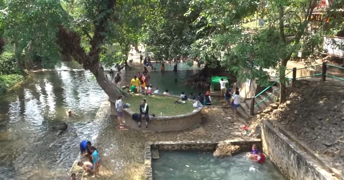 Hin Dat Hot Spring pools